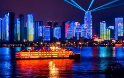 国庆武汉长江灯光秀每天都有吗2021(武汉国庆长江灯光秀时间2021)