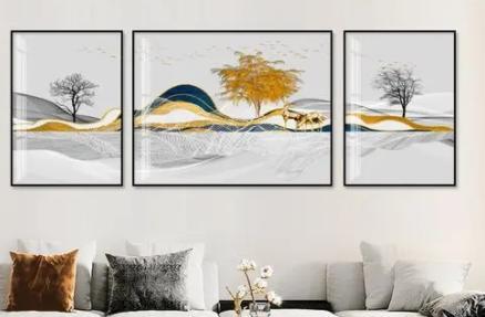 客厅挂画距离天花板多高合适(客厅挂画的高度沙发靠背以上多高)