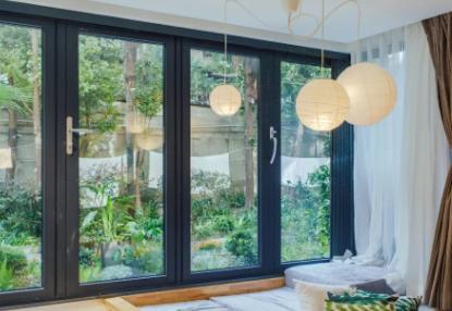 房子窗户一般多高多宽(房子窗台的高度一般是多少)