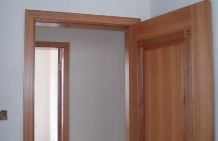装门应该在乳胶漆之前还是以后(门是最后安装的吗)