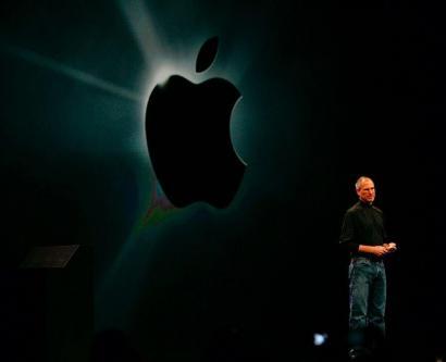 纪念乔布斯,库克:他渴望下一款产品;谷歌正式发布 Android 12;Tinder 将发虚拟币