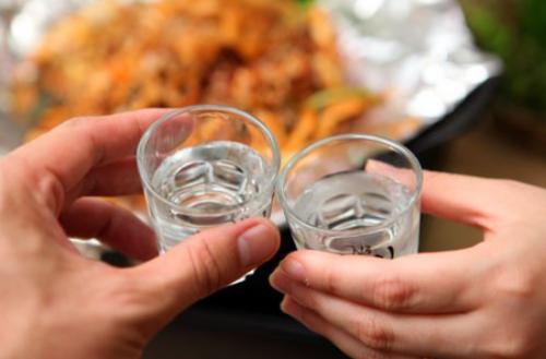 核酸检测喝酒后几小时可检测(喝酒为什么不能做核酸检测)