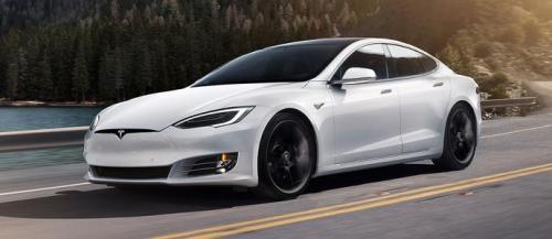 特斯拉Model 3在可怕的驼鹿测试中表现如何