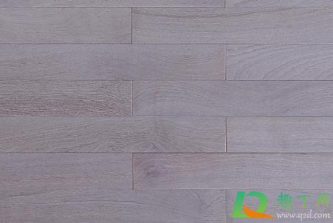 复合木地板如何清洁(复合木地板需要打蜡保养吗)