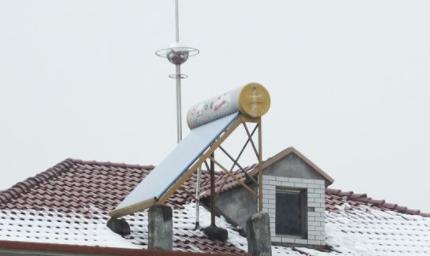 太阳能热水器的好处(太阳能热水器不上水是什么原因)