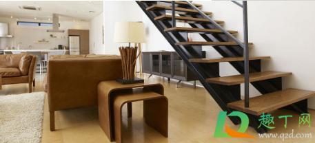 楼梯高度尺寸一般多少好(3米高楼梯踏步多少个)